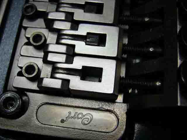 Как поменять струны на электрогитаре с Floyd Rose 22