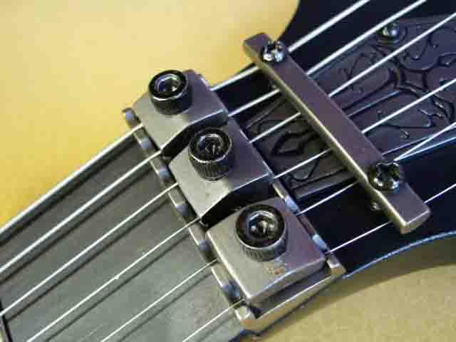 Как поменять струны на электрогитаре с Floyd Rose 78