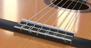 Какие струны лучше для акустической гитары