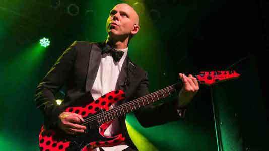 Джош Рэнд из Stone Sour: Почему каждый гитарист также должен учиться играть и на басу