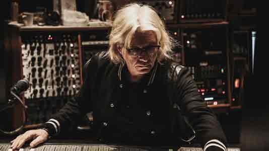 Боб Рок делится студийными секретами о том, как он записывает и сводит гитары