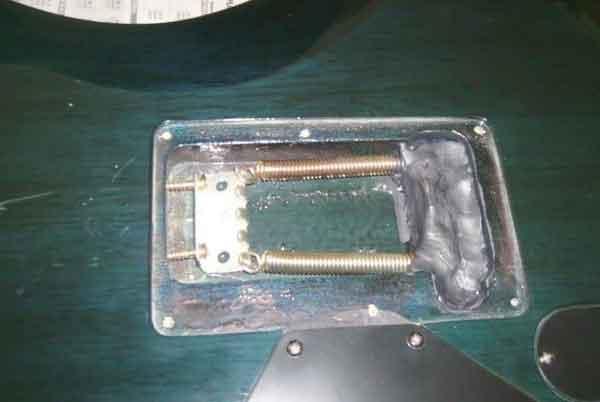 """Ужасающие """"улучшения"""" и способы ремонта гитары 24"""