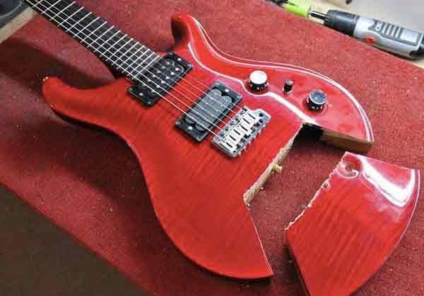 """Ужасающие """"улучшения"""" и способы ремонта гитары 7"""