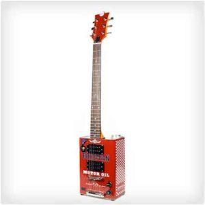 Гитара из масляной канистры