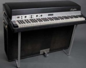 Электрическое пианино от Fender Rhodes