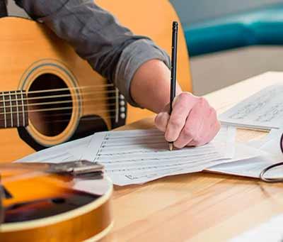Как сочинить текст песни самому с нуля